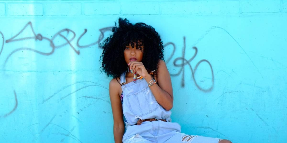 Youtubers negras ensinam como cuidar do cabelo crespo