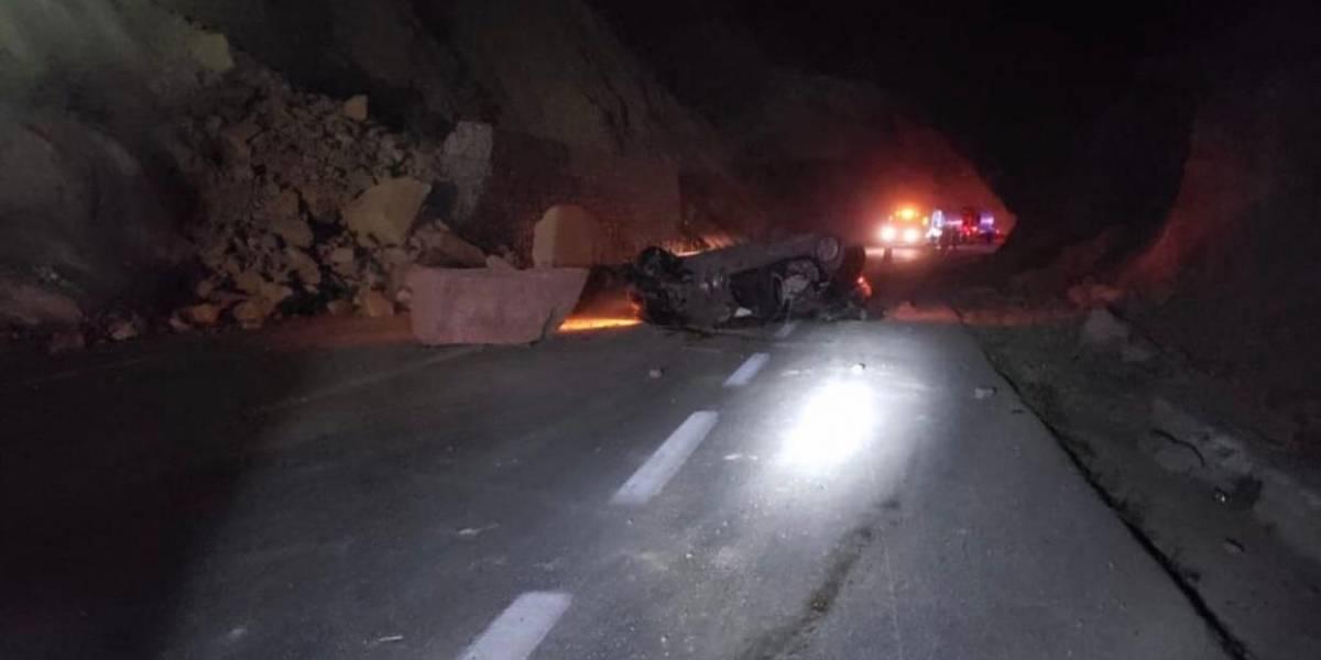 Derrumbe provoca cierre de varias horas en la autopista Tehuacán – Oaxaca