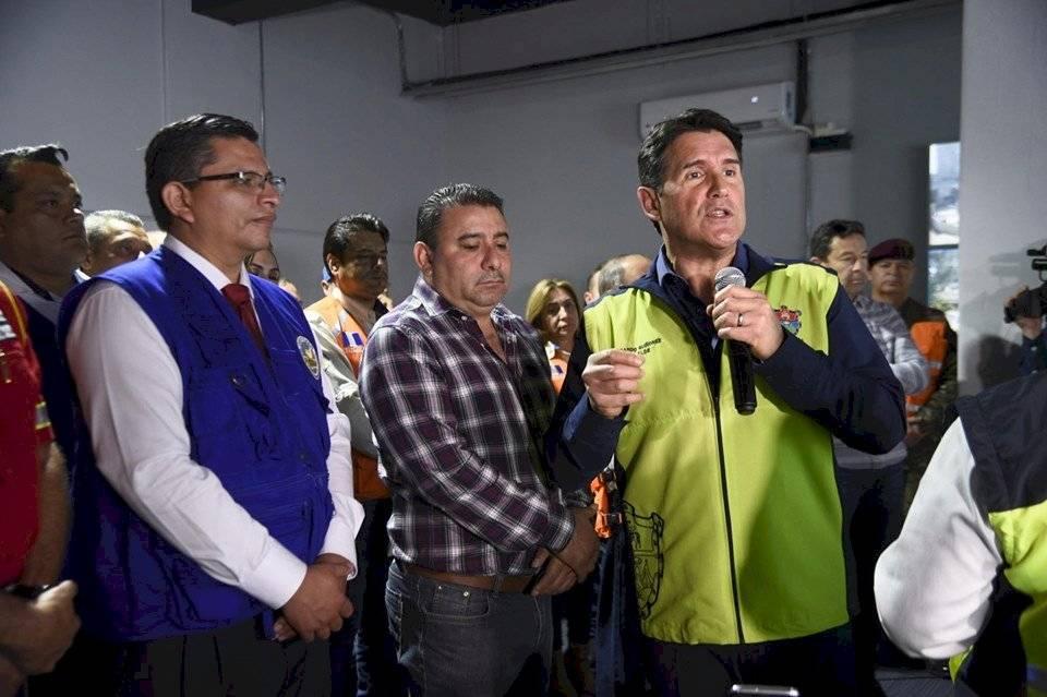 Alcalde Ricardo Quiñónez durante el simulacro de terremoto. Foto: Herlindo Zet