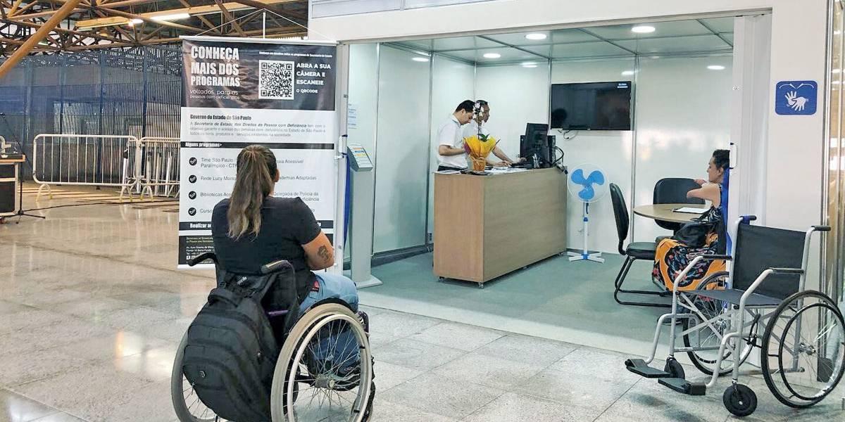 Posto no Metrô atende pessoas com deficiência