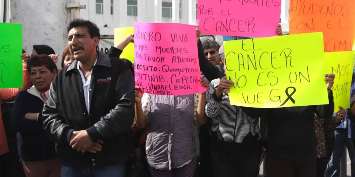 Mexicanos contra la Corrupción amparará a poblanos para que obtengan servicios médicos y educación de manera gratuita
