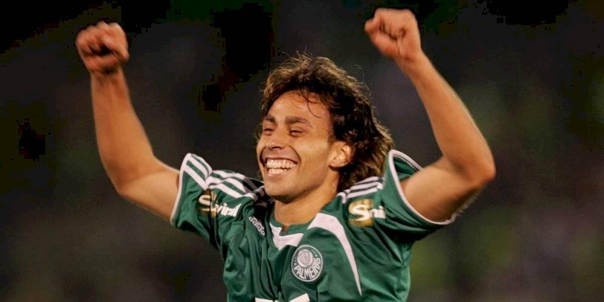Gabriel Jesus acompaña a Jorge Valdivia en el once de la década de Palmeiras