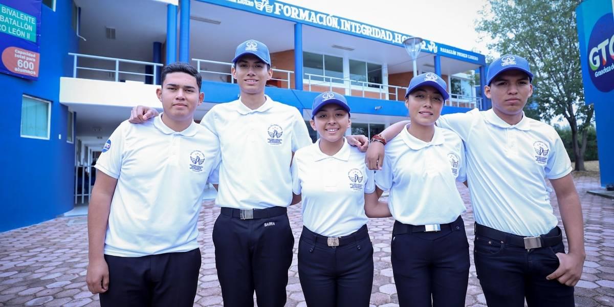 Inicia clases segunda preparatoria militarizada en León