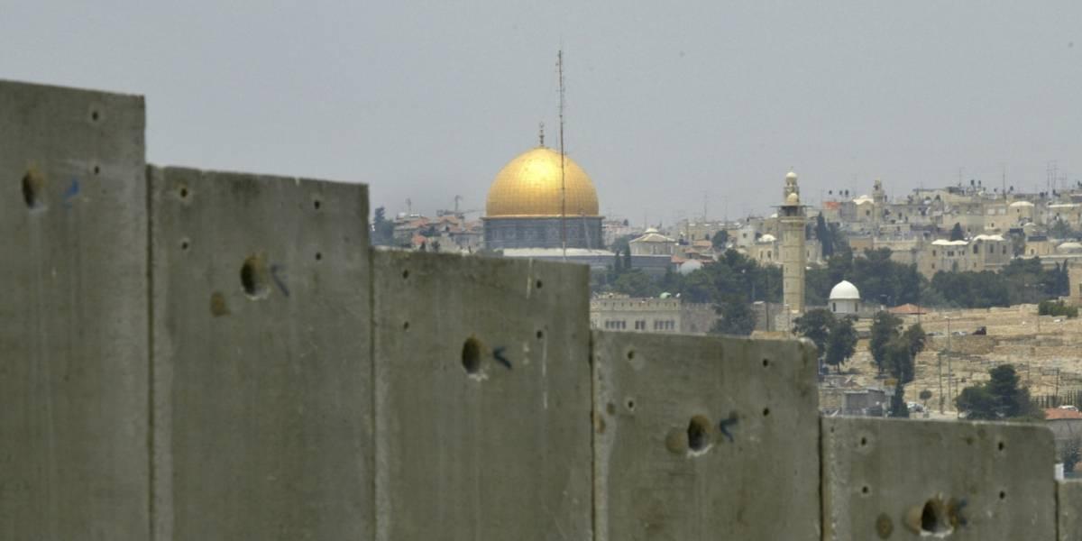 Israel responde a fuego de cohetes y ataca a Hamas en Gaza