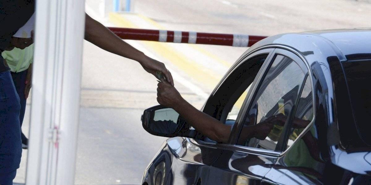 Aumento en tarifas de carreteras, dispara viaje hacia Acapulco