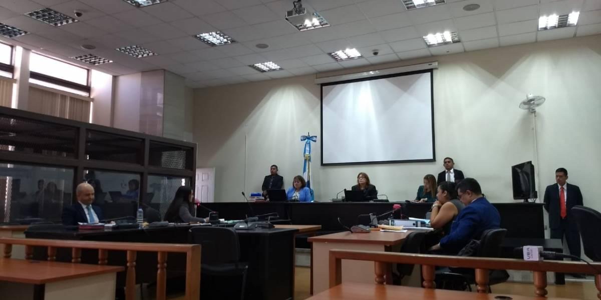 Tribunal otorga beneficios a abogado vinculado a Manuel Baldizón