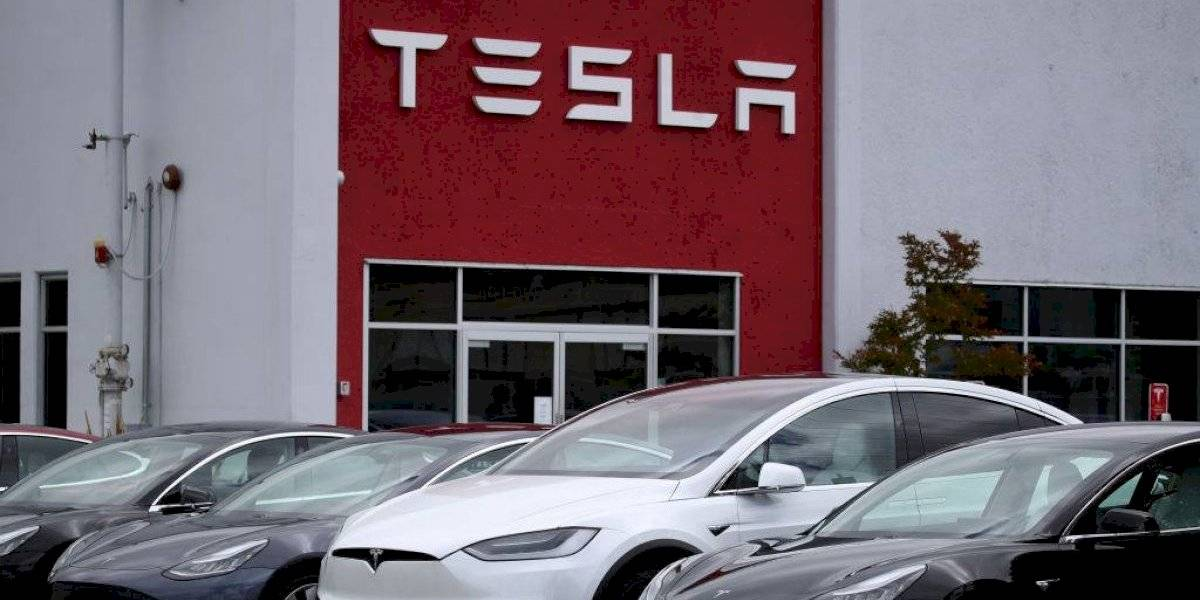 Tesla rompe su anterior máximo histórico con otra violenta alza en Wall Street