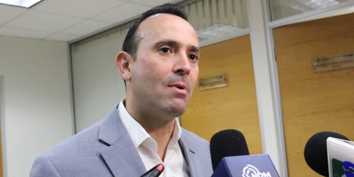 Gastarán diputados de Nuevo León 7mdp en autos híbridos