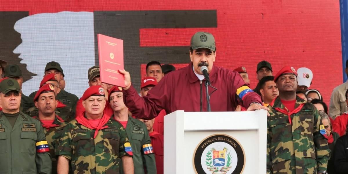 """Maduro denuncia """"violentas amenazas"""" de Trump contra Venezuela"""