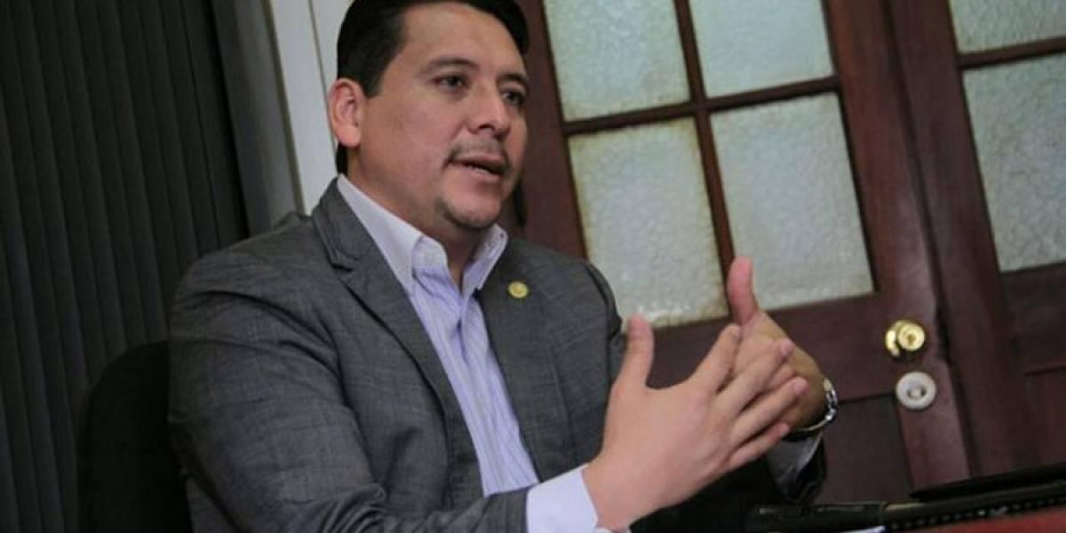 Oscar Dávila presidirá  la Comisión contra Corrupción