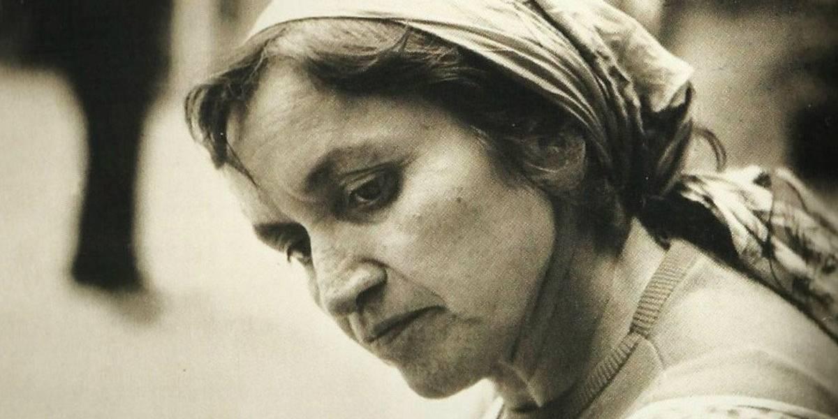 """La carta dice el motivo que ha cometido Violeta: """"Yo no me suicido por amor; no tuve nada, lo dí todo"""", escribió antes de dispararse"""