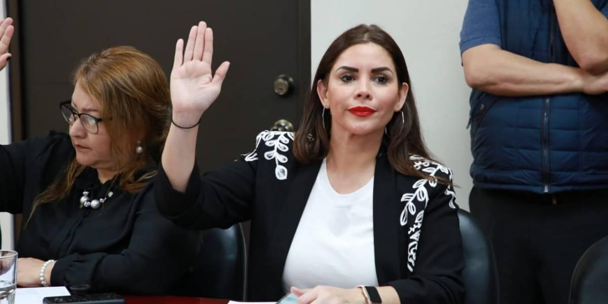 Chocan opiniones de diputados por eliminación del delito de feminicidio