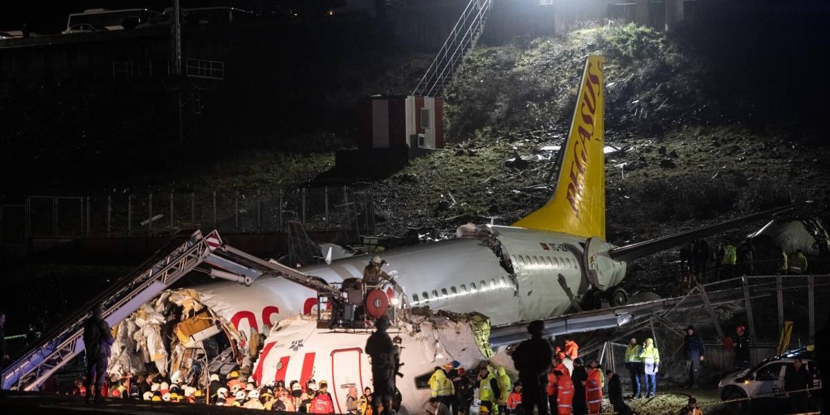 Acidente de avião na Turquia deixou 3 mortos e 179 feridos, diz ministro