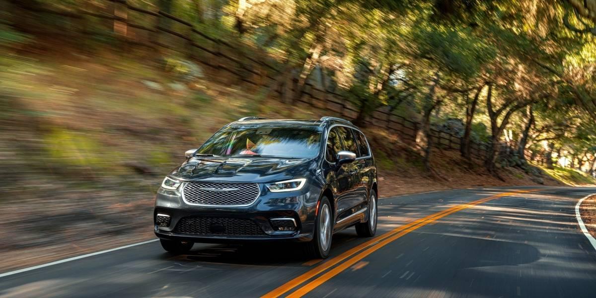 Chrysler Pacifica 2021 es la opción más lujosa en minivanes