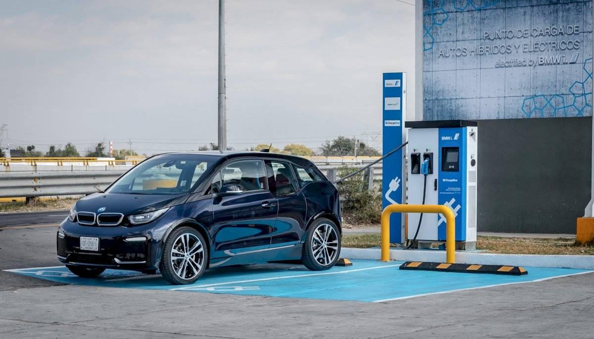 Corredor eléctrico BMW