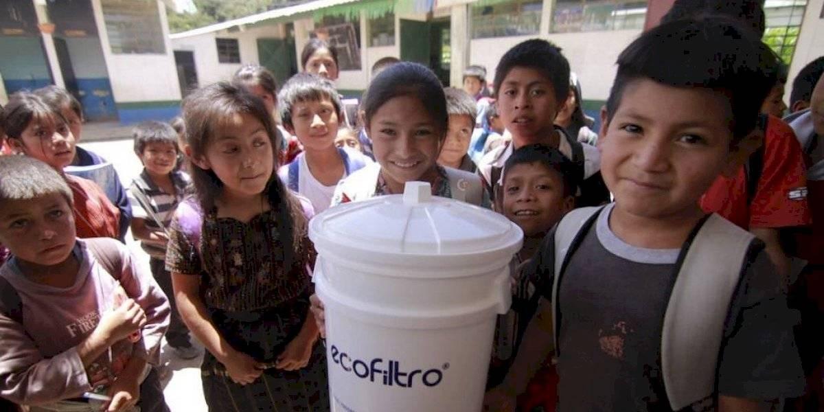 Ecofiltro beneficia a más de 900 mil niños por medio de su programa escolar