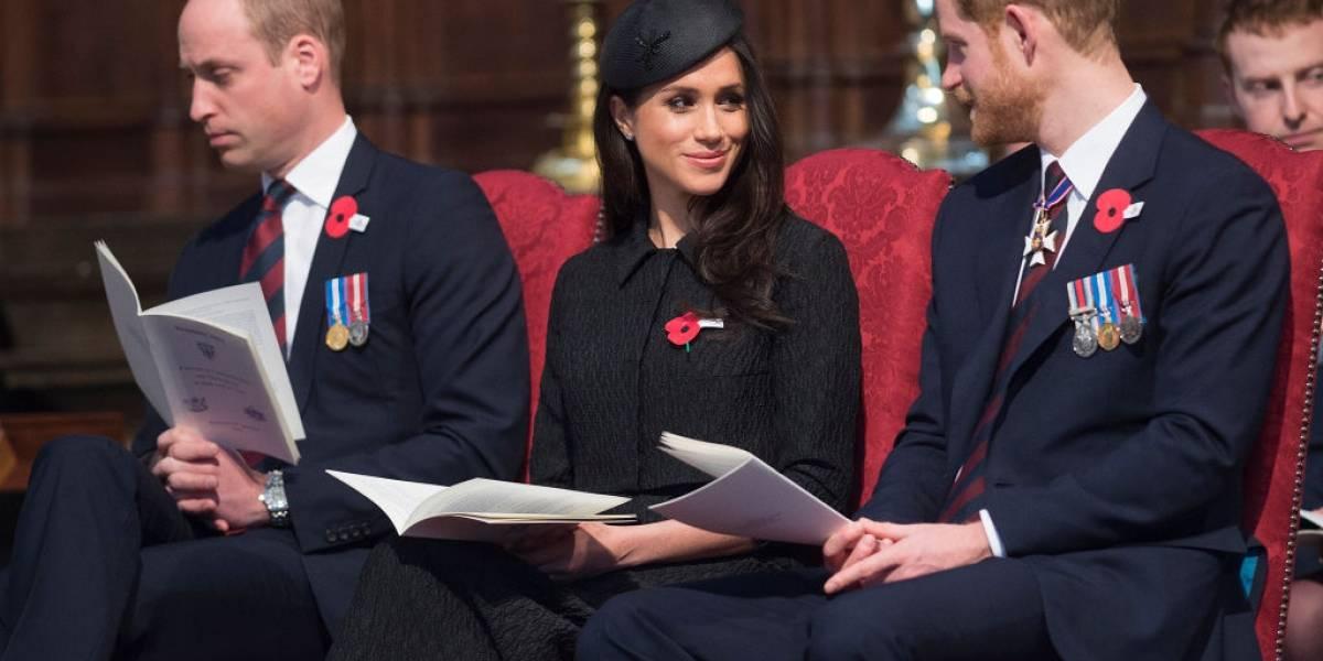 Harry está estremecido com William por causa de interferência em seu relacionamento, diz revista