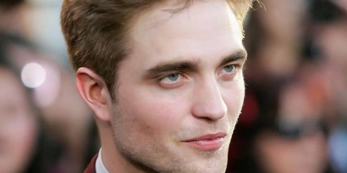 """Robert Pattinson tiene el """"rostro perfecto"""" y lo nombran el hombre más guapo del mundo"""