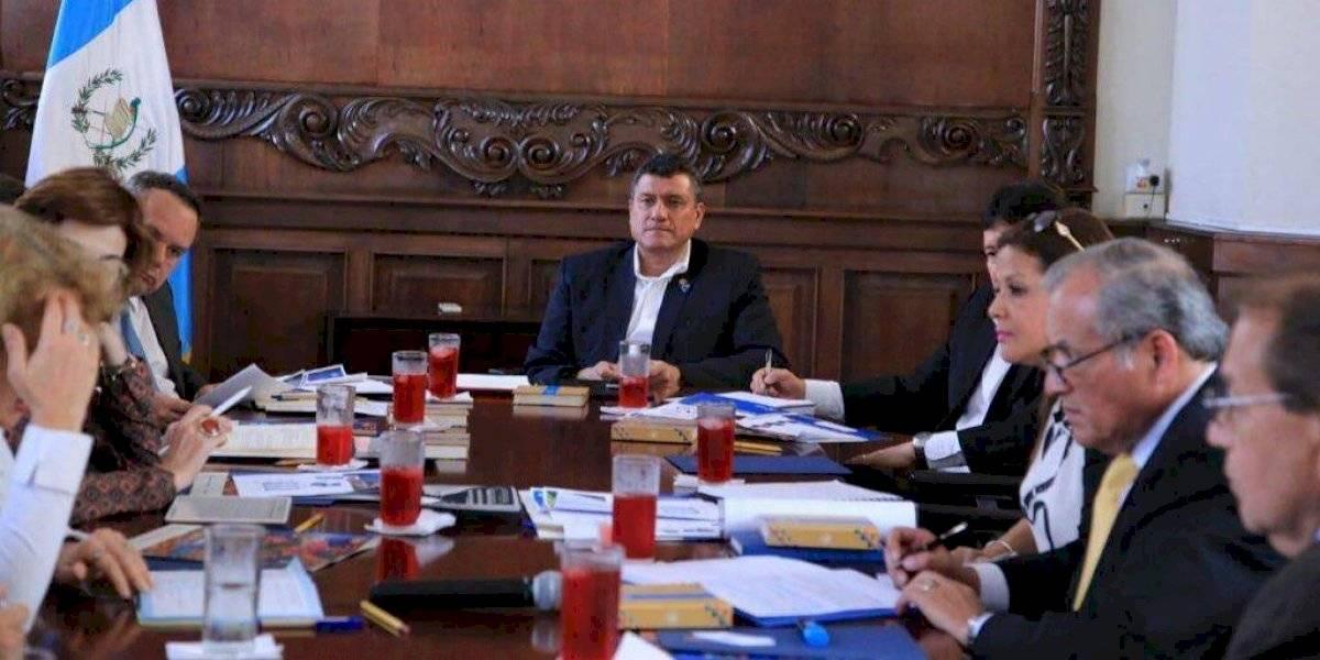 """Piden al G13 """"vender a Guatemala"""" como atractivo de inversiones"""