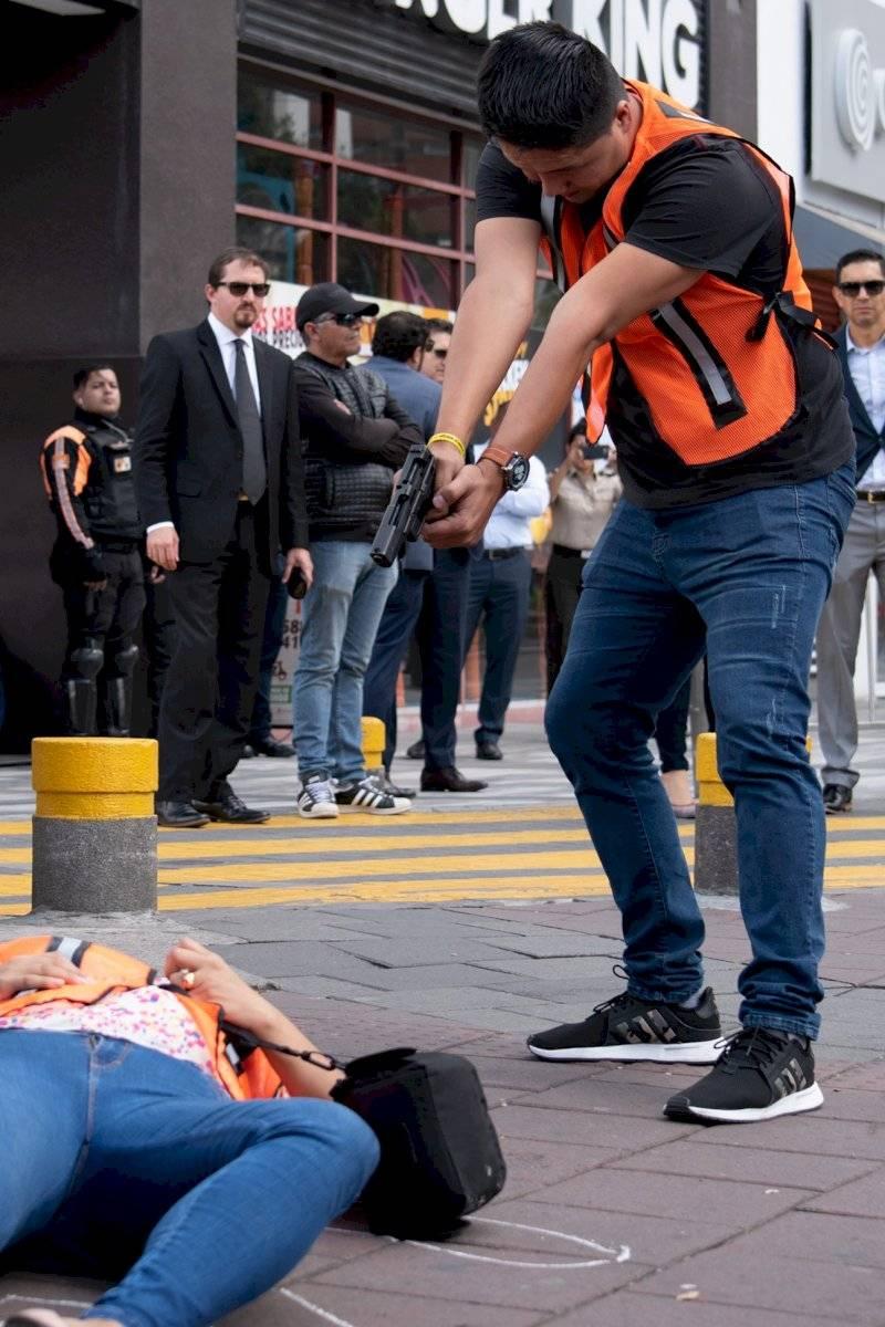 El sospechoso disparó tres veces a Mariana Oscar Ayo