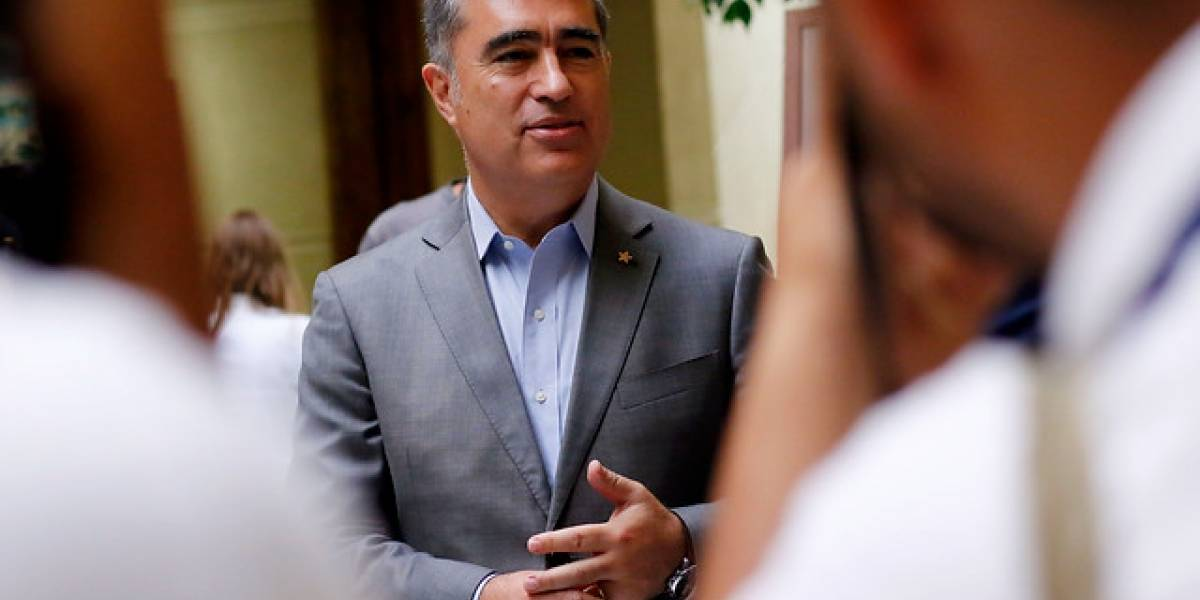 Mario Desbordes se defendió de críticas por sostener reunión con ex Concertación