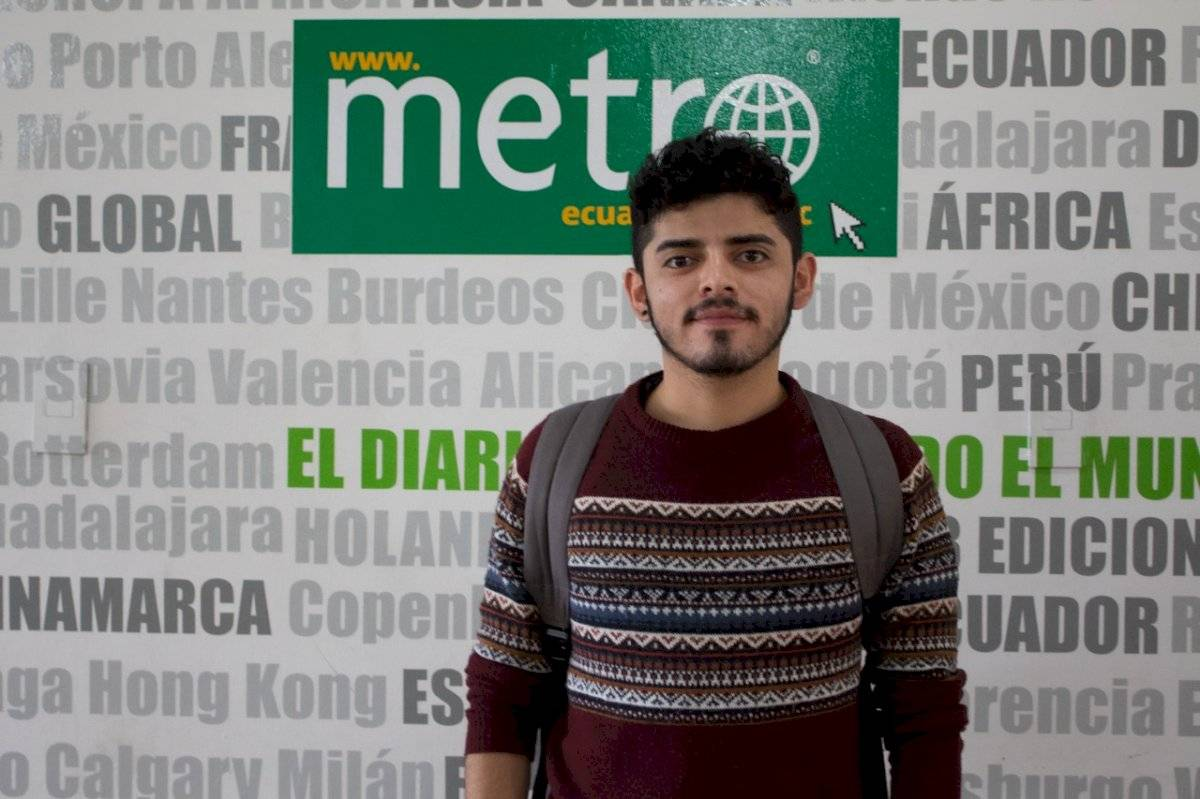 Diego Ulloa, actor ecuatoriano en la obra Rabia