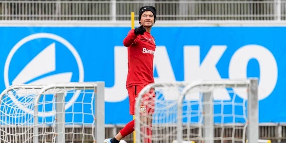 El Príncipe está de vuelta: Charles Aránguiz regresó a los entrenamientos con el Leverkusen