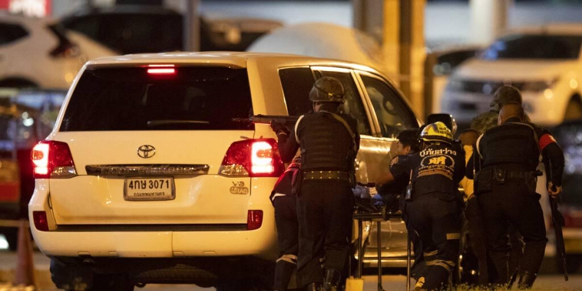 Las interminables 16 horas que tardó la policía tailandesa en abatir al soldado que mató a 26 personas
