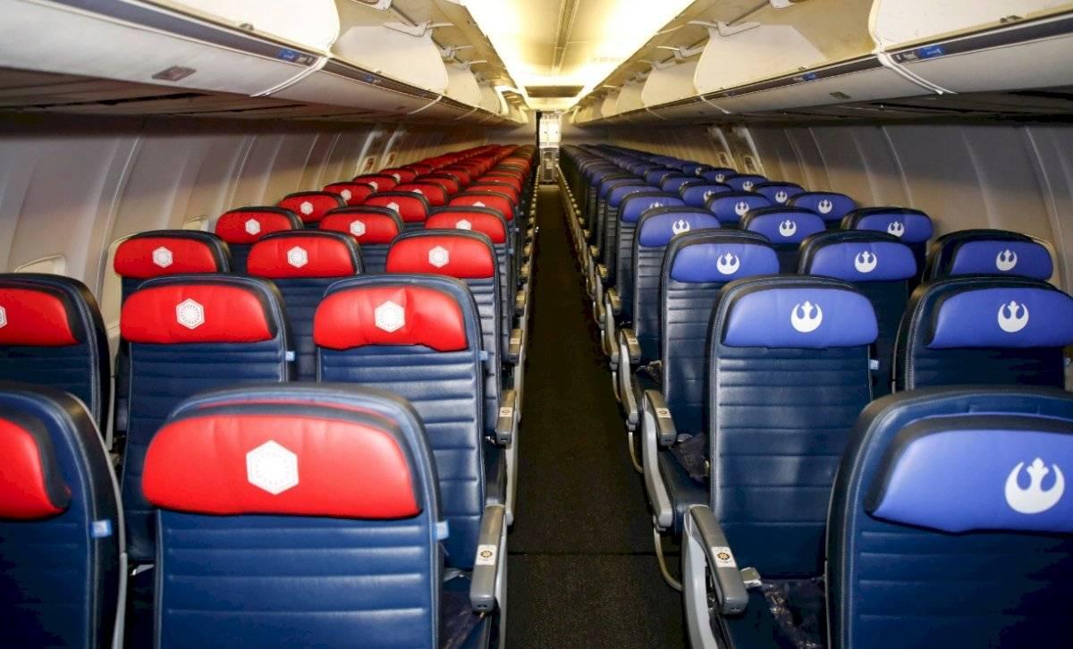 Interior del avión inspirado en Star Wars
