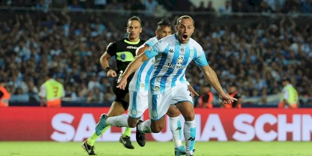 Marcelo Díaz amargó a Independiente y le entregó un triunfo épico al Racing de los chilenos en el Clásico de Avellaneda