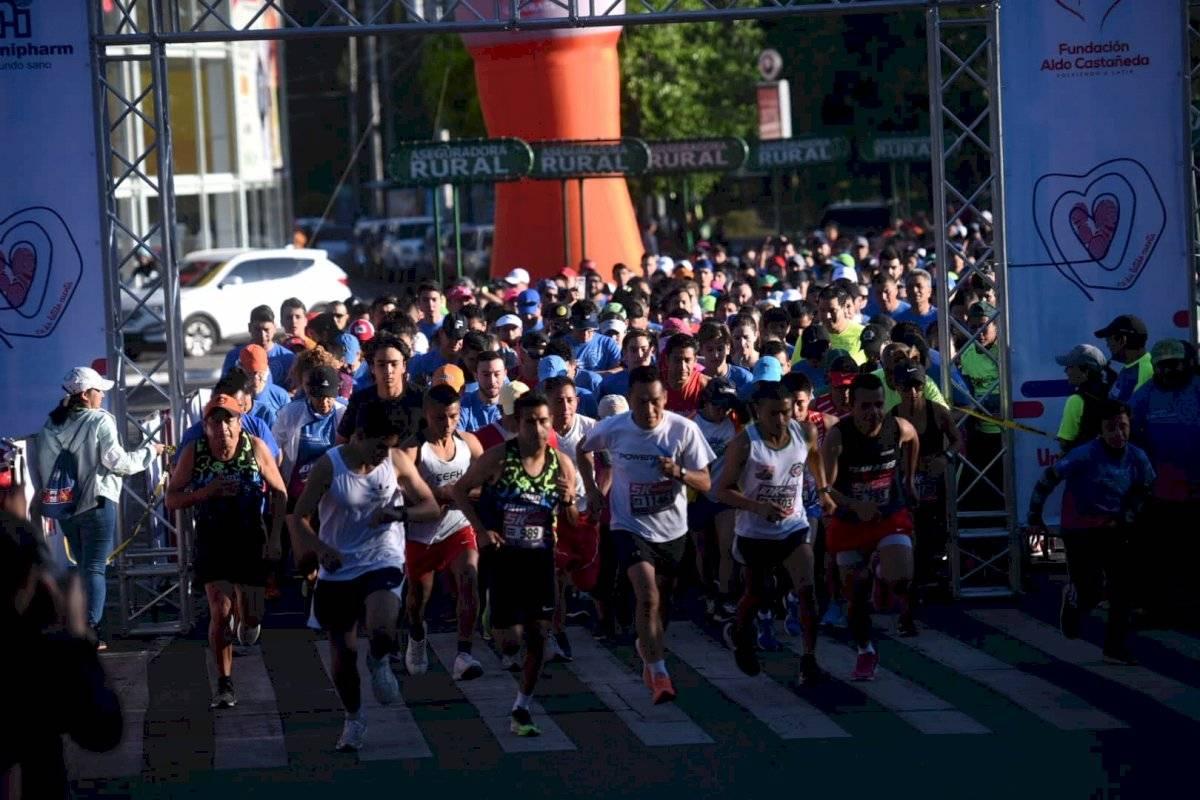 Foto Edwin Bercián | Más de tres mil competidores fueron parte de la carrera Unidos de Corazón