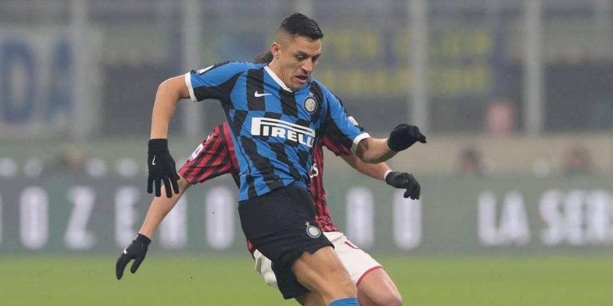 Alexis Sánchez brilla en la victoria de Inter sobre Milan y alcanza a la Juventus en la punta de la Serie A