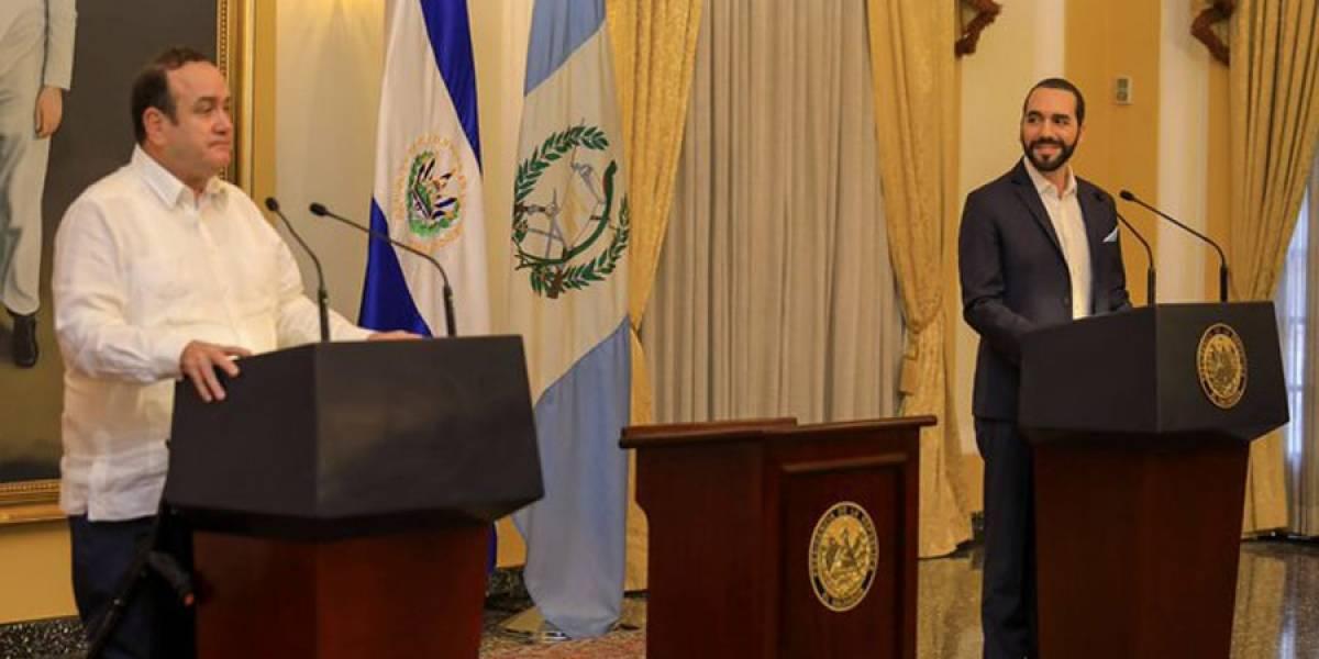 """Giammattei: """"Apoyamos al presidente Bukele en el esfuerzo por brindar la seguridad"""""""