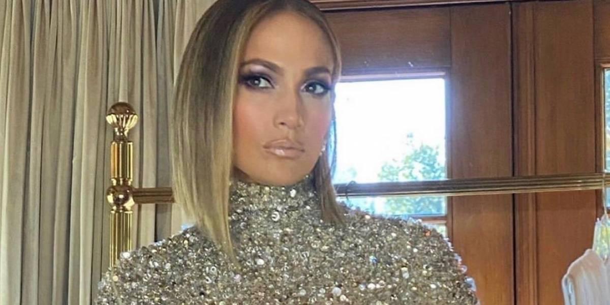 Jennifer Lopez sorprende con un nuevo look después de su presentación en el Super Bowl