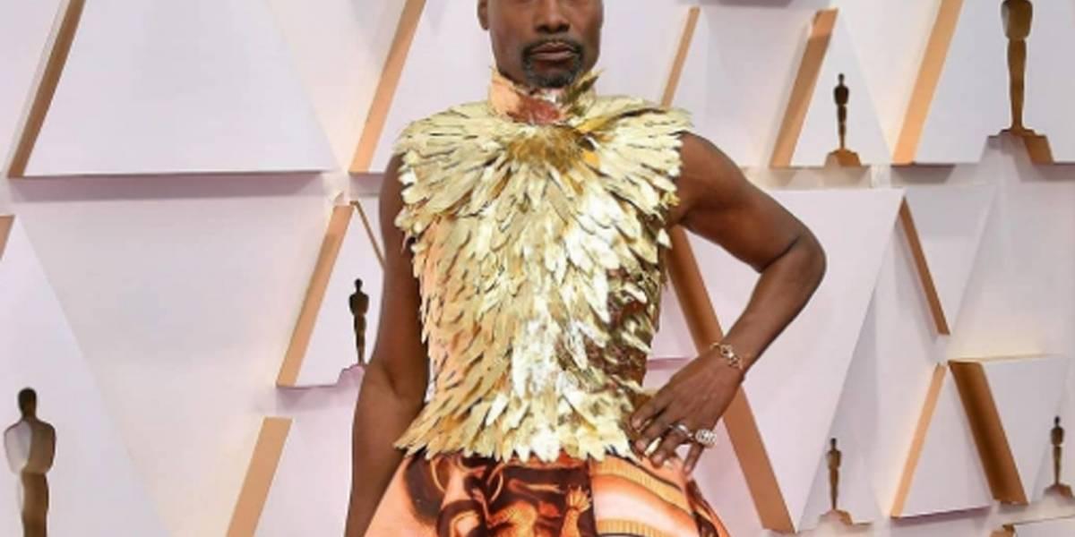 El top de plumas bañadas en oro de Billy Porter impacta la alfombra roja de los Oscar 2020