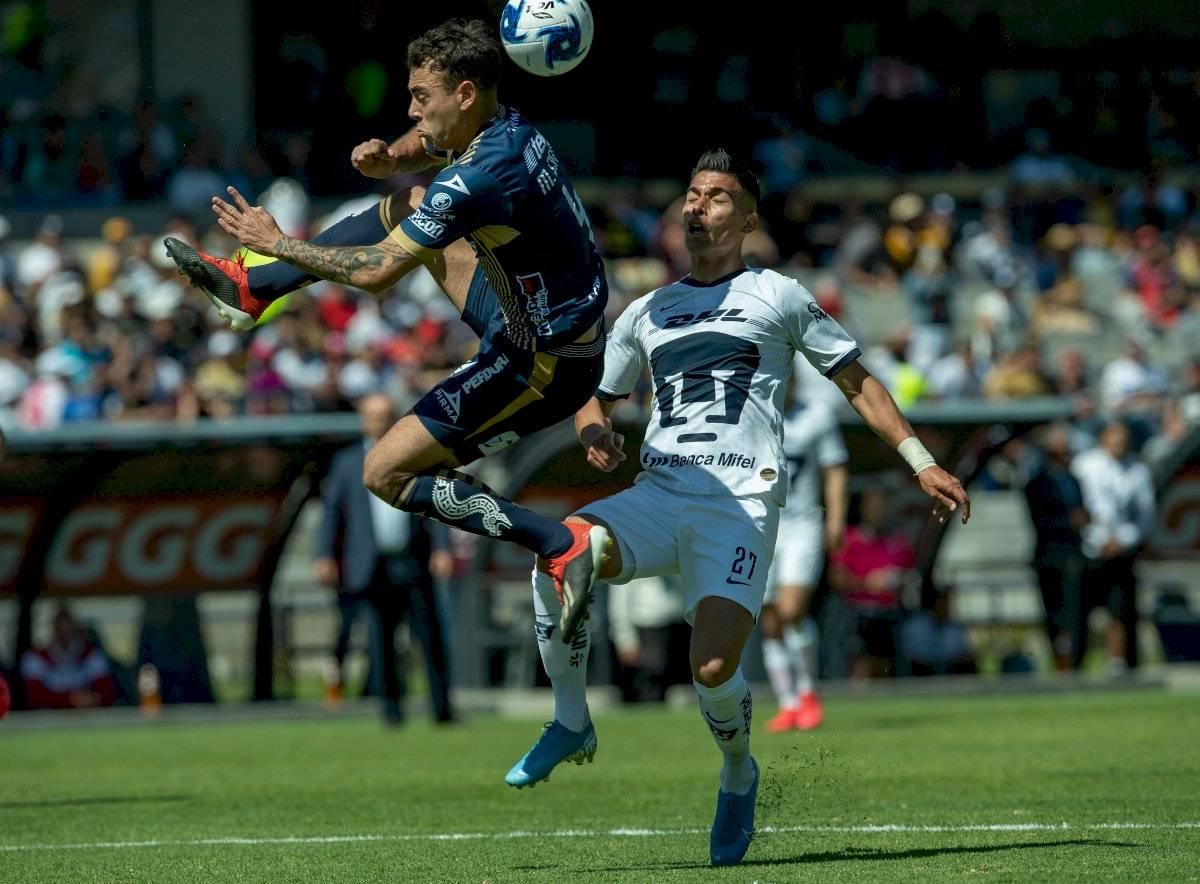 Pumas contra San Luis.