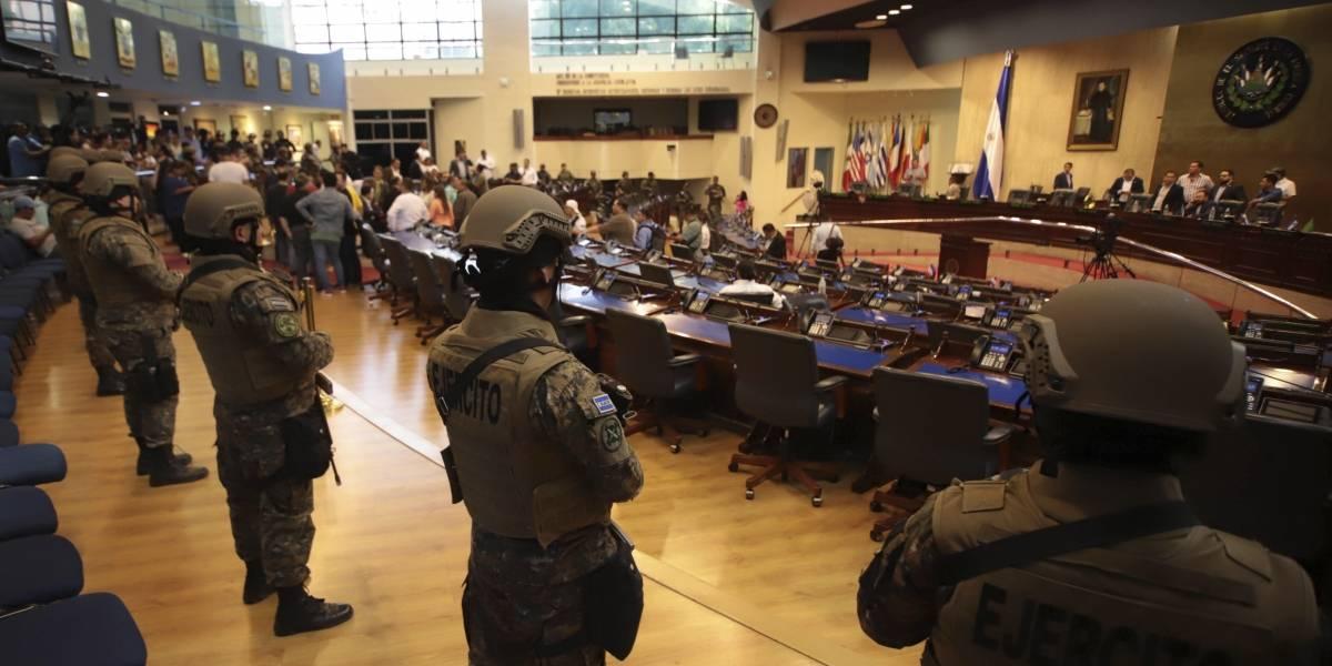 Militarización del Congreso en El Salvador puso en riesgo al país: Ombusman