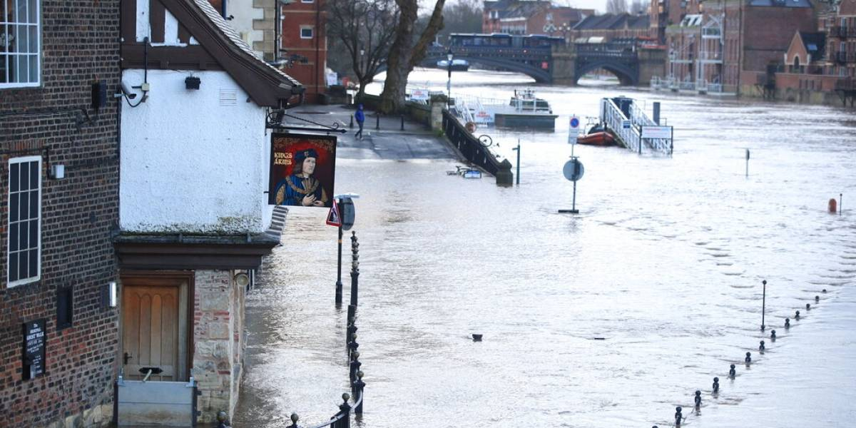 Tormenta invernal deja seis muertes en Europa