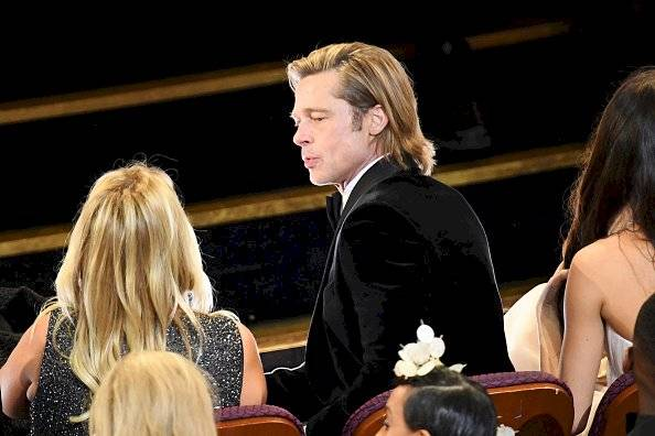¿Quién es la mujer que acompañó a Brad Pitt?