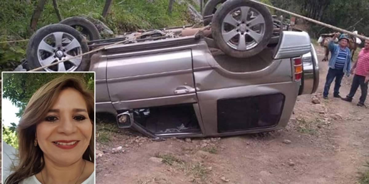 Una doctora sin vida, deja grave accidente de tránsito en vía nacional