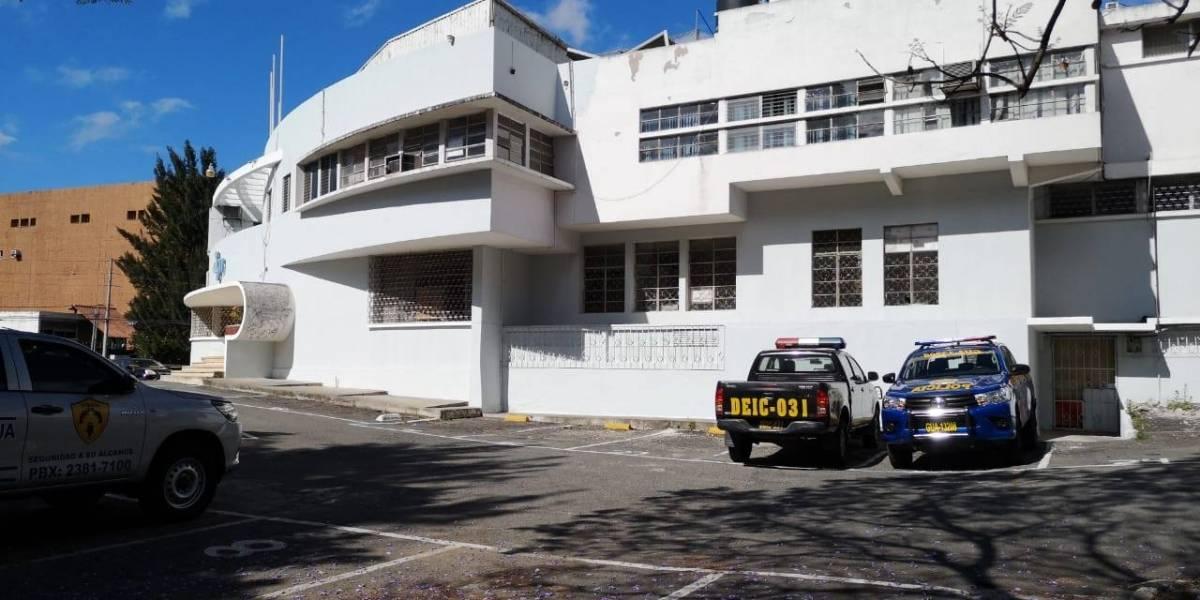 """Roban en las sedes del Estado tras """"drogar"""" a guardias con un atol"""