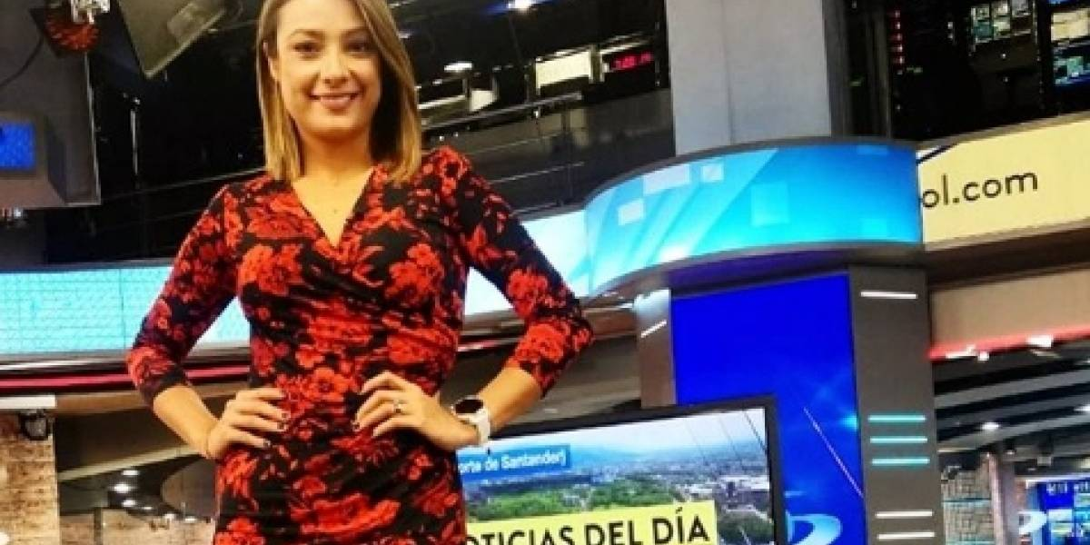 (Video) A Mónica Jaramillo le dedicaron gracioso poema en vivo en Noticias Caracol