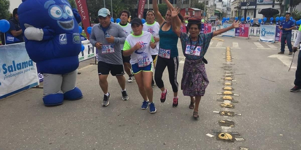 Corredora de traje maya participará en el Maratón de Los Angeles 2020