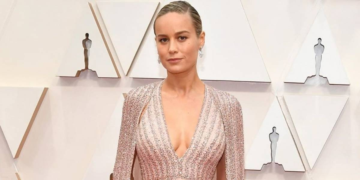 La rareza del dedo de Brie Larson se hizo viral en las redes sociales en la entrega del Oscar 2020