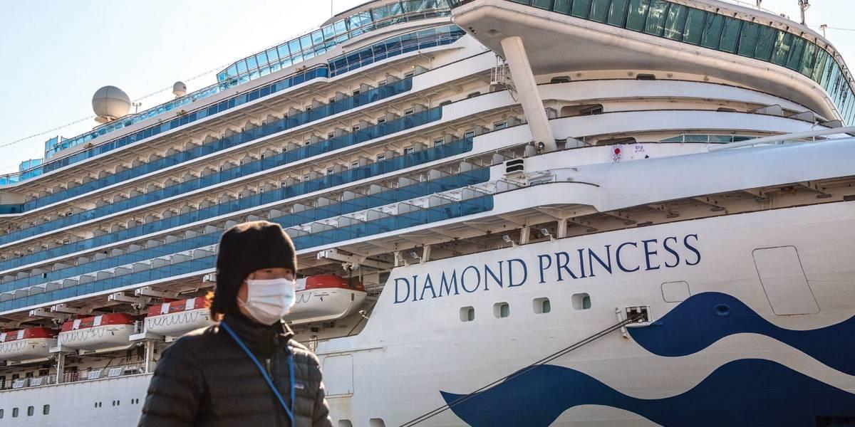 Infectados com coronavírus em navio de cruzeiro já chegam a 136
