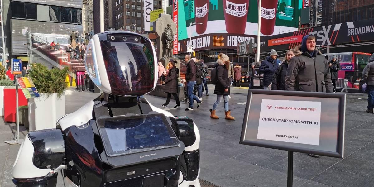 Robot diagnostica los síntomas del coronavirus en Times Square