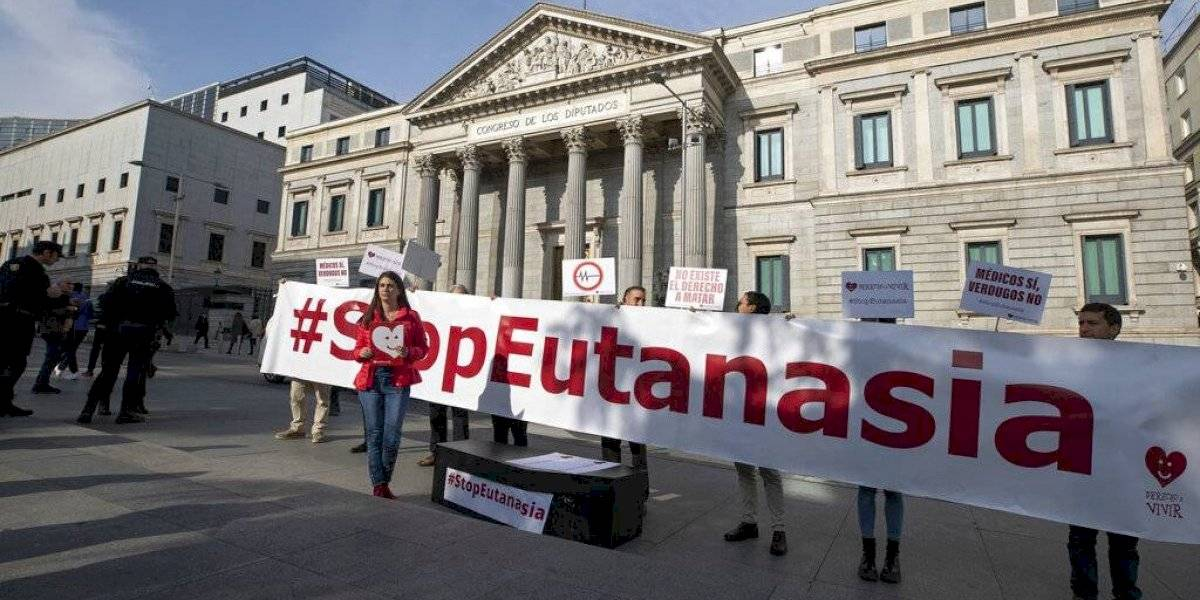 Gobierno de España busca de nuevo legalizar la eutanasia