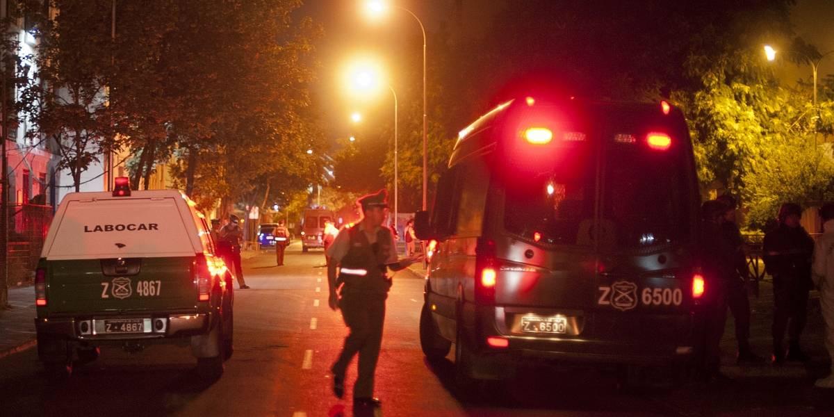Delincuentes asaltan a familia en departamento de Vitacura y roban $40 millones