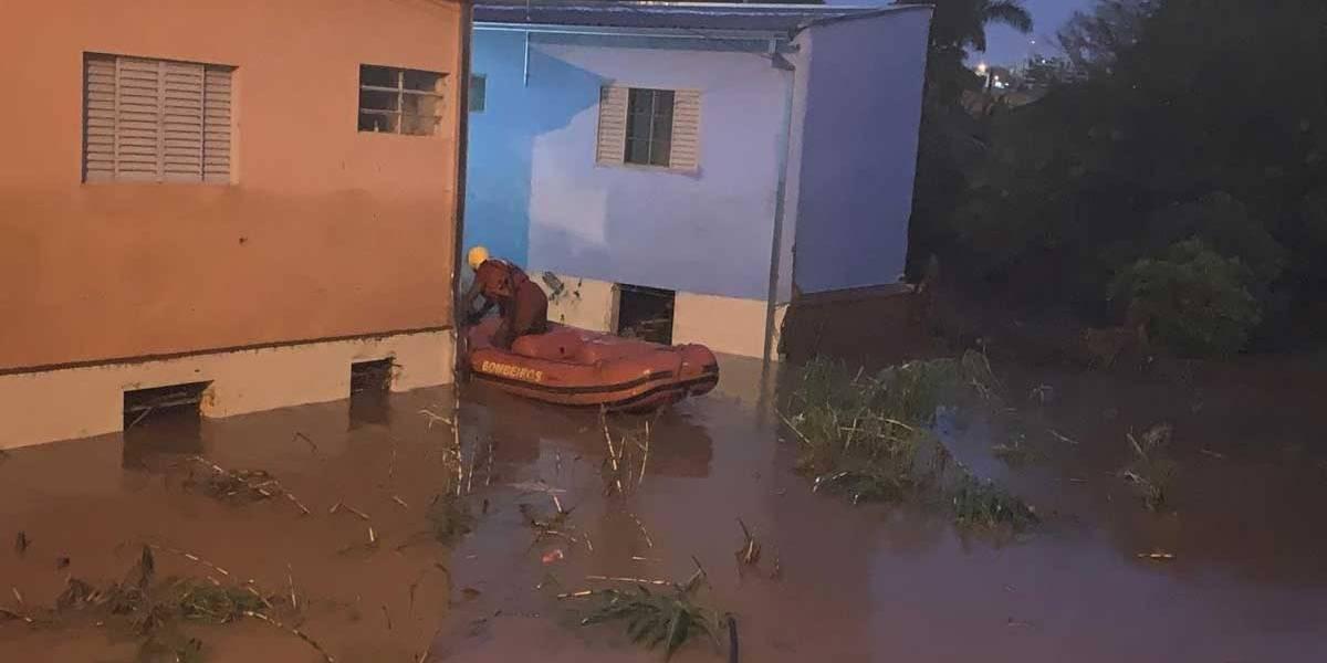 Botucatu registra o triplo de volume de chuva de SP, 200 famílias desabrigadas e três mortes