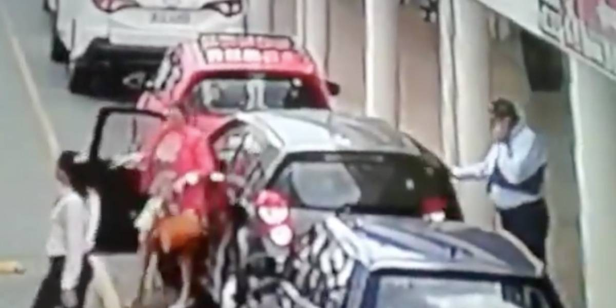 Captan en video nueva modalidad de robo de vehículos en el norte de Guayaquil